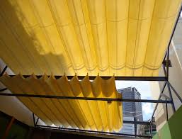 báo giá mái hiên di động, mái bạt che nắng mưa tự cuốn tại tp thủ dầu một. giá lắp đặt trọn gói mái che di động tại tp thủ dầu một