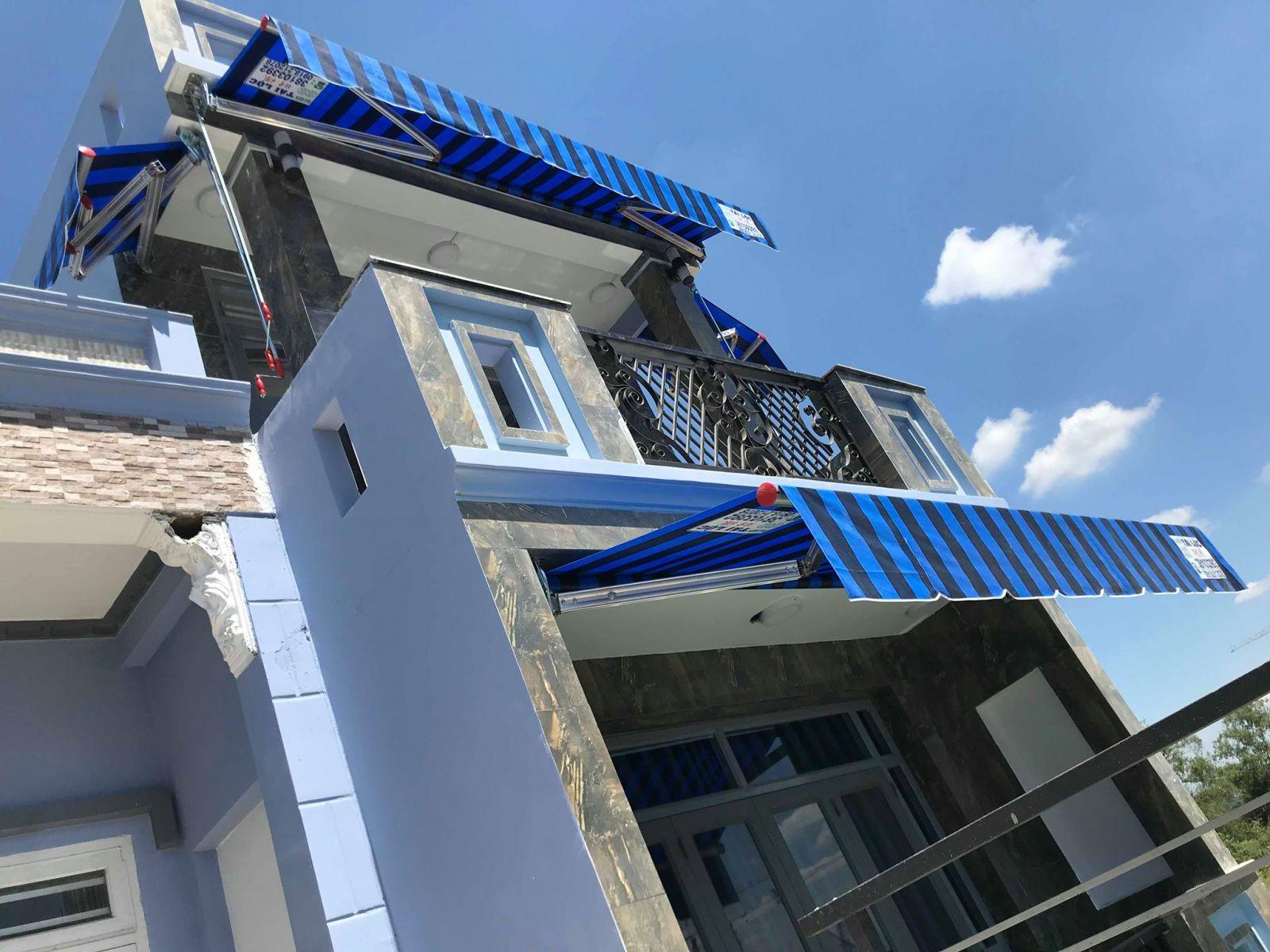 báo giá thiết kế lắp đặt mái che di động cửa hàng, mái xếp bạt kéo lượn sóng cửa hàng