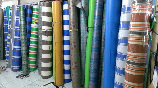 Chuyên cung cấp nhận in may ép vải bạt mái hiên mái xếp theo yêu cầu, gia công thay bạt mái che tại tp thái nguyên